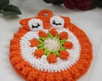 Crocheted Hot Mat, Trivet, Pot Holder Owl in Orange and White