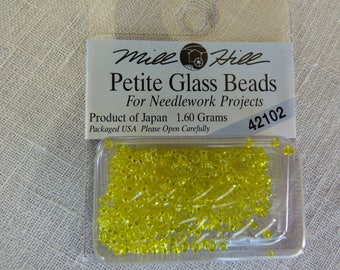 Mill Hill Petite Glass Beads 42102 bead
