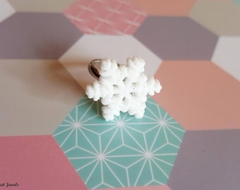 adjustable ring for children with snowflake in resin