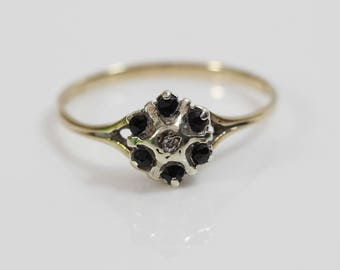 Antique 9ct Gold Diamond and Sapphire Ladies Cluster Flower Ring    Size  UK O   US 7.25