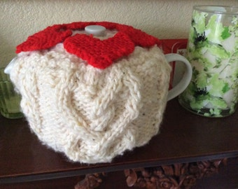 hand knitted valentine teacosy
