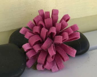 Pink wool brooch
