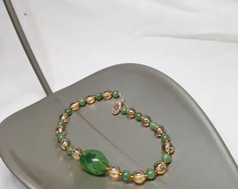Amber & green bracelet and earrings set