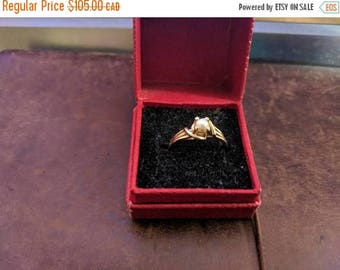 ON SALE Vintage Gold and Pearl Ring