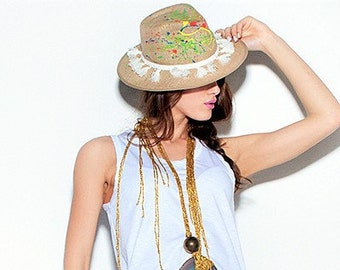 Straw hats,Hats in handmade,Womens hats,Handpainted straw hats,Linen hats in handmade,Handpainted hats,Panama hat,Gift for her,Xmas gift