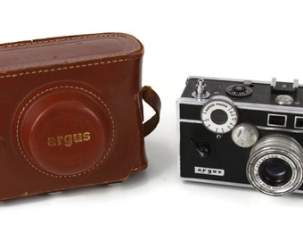 Decorative Argus Vintage Camera With Leather Case and Strap Untested