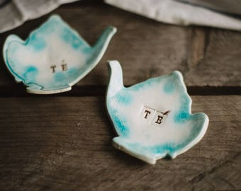 Tea bag Holder, small ceramic ring, Ceramic teabag holder, Small tea bag Bowl, small teapot PILL Bowl, Teapot shaped spoon rest