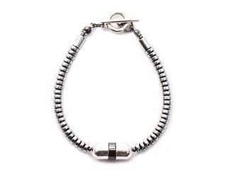 ONYX 202 Hematite and Domes Bracelet