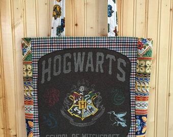 Harry Potter hogwarts crest tshirt market bag