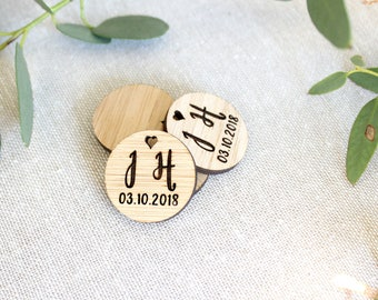 Wedding tags for gifts - Wooden wedding tags engraved, wedding date favor
