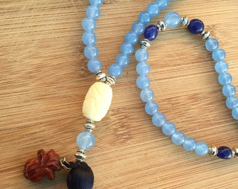 Natural stone bue Quartz and sapphire necklace