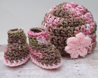 Camo Newborn Girl Clothes, Baby Girl Hat and Bootie Set, Infant Girl Take Home Set, Baby Shower Gift Girl, Baby Girl Beanie, Baby Booties