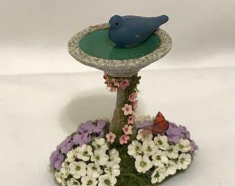 "Dollhouse Miniature 1/2"" Scale Birdbath (BP)"