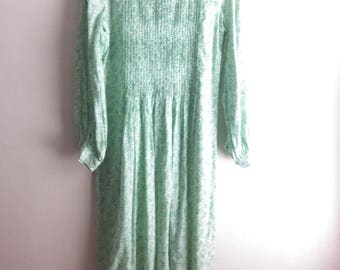 Vintage 80's Nipon Boutique Lime Green & White Leaf Print Novelty Dress / Prairie Dress / Albert Nipon Dress / Union Made / Festival Dress