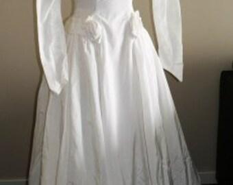vintage wedding ... VINTAGE Bride Satin ROSETTES Ivory Wedding Dress  .. vintage wedding