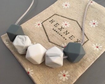 Nursing Breastfeeding Teething Necklace New Mum Baby Shower Gift Silicone Fiddle Bead Contemporary Geometric Grey Marble White Baby Wearing