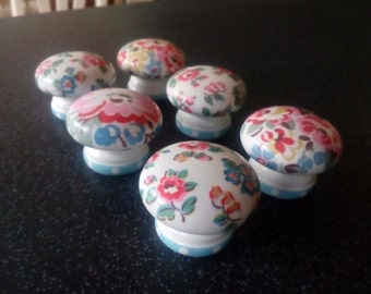 Set of 6 Handcrafted Door knobs decorated with Cath Kidston papers