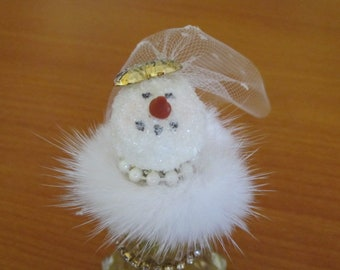 "Glam snowlady or bride diminutive 4"" in vintage salt shaker - real fur collar OOAK"