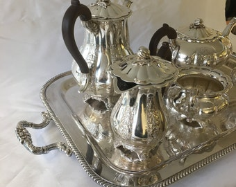 Vintage Marlboro Silver Plate Tea u0026 Coffee Service Platter Old English Reproduction E.P. Copper Melon ShapedHand Chased 6 Piece Service : silver plated tea sets - pezcame.com