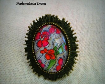 Bronze colored metal and liberty flower cabochon ring