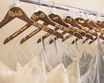 Personalized Bridesmaid Dress Hanger | Custom Hangers | Bride | Maid of Honor | Bridesmaid | Flower Girl | Wedding Party Hanger