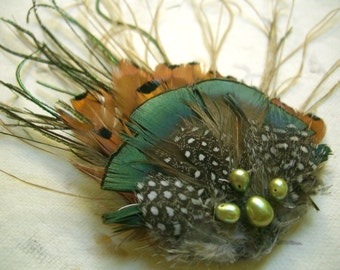 Pheasant retro feather fascinator hairclip with freshwater pearl