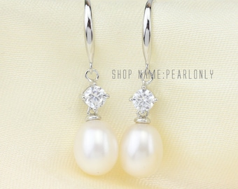 Pearl earrings,Bridesmaid earrings,bridal pearl earrings,ivory pearl crystal earrings,rhinestone wedding earrings,drop pearl dangle earrings