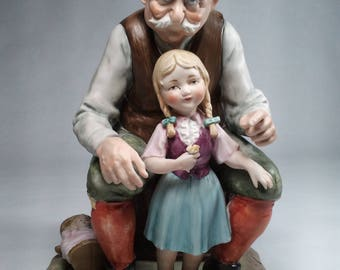 MORRA Capodimonte Figurine of Grandfather, Little Girl & a Baby