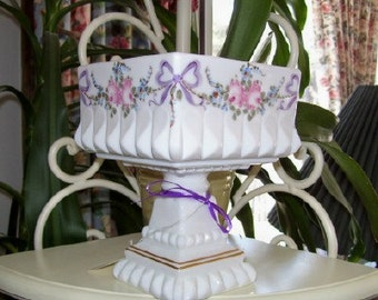 Westmoreland Vintage Milk Glass Roses and Bows Compote 1970s Wedding, Shabby Chic