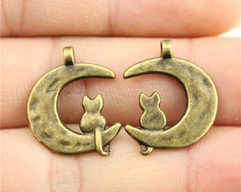 6 Cat on Moon Charms, Antique Bronze Tone (1K-52)