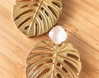 Boucles d'oreilles Swarovski Crystal et des côtes d'Adam de la feuille / Philodendron. Goujon de végétal, chic, de nature.