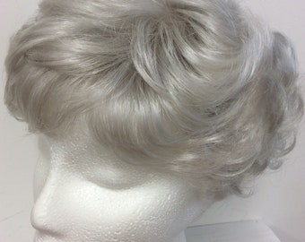 Silver/grey/white short wavy  synthetic full wig