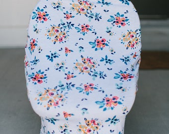 3-in-1 Stretchy Baby Nursing Cover, Car Seat Canopy, and Shopping Cart Cover (WHITE FLORAL)