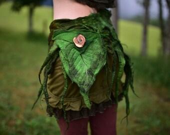 Felt Moss Green Pocket Belt-Woodland Belt-Nymph Leaf Forest Tree Roots Pocket Belt-Woodland Costume-Elven Belt-Fantasy Costume-Felt LeafOOAK