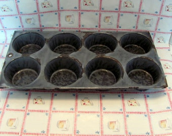 Muffin Pan Gray Mottled Granite Ware / Farmhouse Muffin Pan