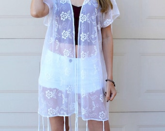 LIMITED HOLIDAY SALE! White Embroidered Floral Lace Kimono, Long Tassel Boho Kimono Cardigan