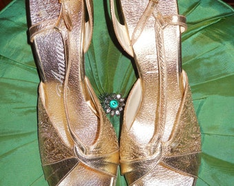 Mutant Couture Presents.... 1960's Gold Slingback Heels With Matching Clutch! Size 11 N!