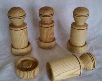 Reclaimed Hardwood Paper Pot maker