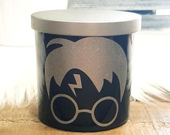 Harry Potter - Natural - Scented Candle - Crackling Wood Wick - Wood Wick - 10 oz Jar - Handcrafted - Glossy Black Glass Jar - Gift -