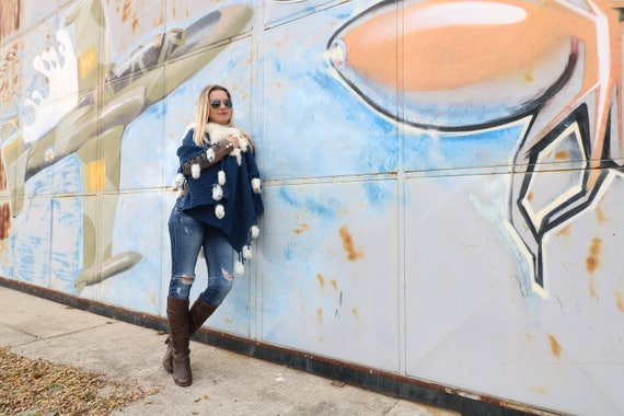 Outfit White Fur SALE Excellent Accessory 30 To Your On Poncho Blue Details Sale Woven with w6YX6Hq