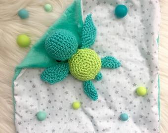Turtle crochet with fabric baby blanket