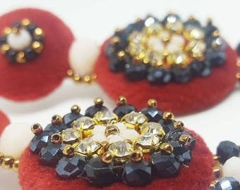 Embroidered velvet earrings with rocailles miyuki e glass beads