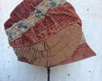 1920s Embroidered Velvet Cloche