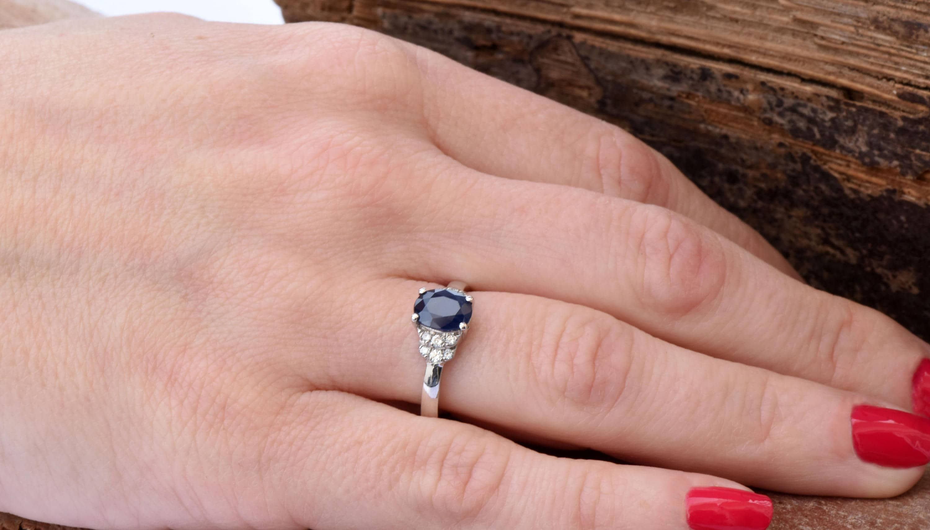 christie christies at lot million ceylon carat blog sells ct for kashmir s sapphire