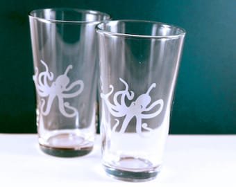1 Octopus Etched Pint Glass