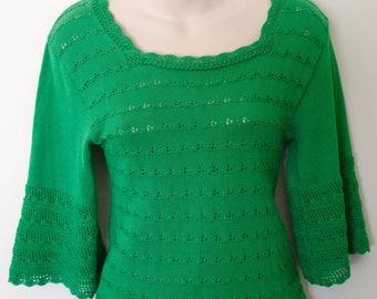 Cute 1970s Crochet Green Top