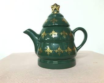 Wade Green Fleur De Lis Teapot