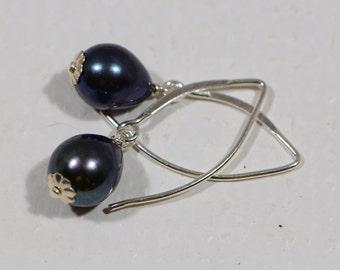 Baroque Black  Pearl Earrings Gemstone Earrings Drop Earrings Birthstone Earrings