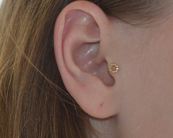 Gold Tragus Earring, Tragus piercing, Cartilage earring stud, Forward helix piercing, Conch jewelry, Helix jewelry stud