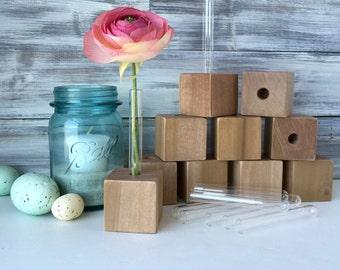 Test tube bud vase, Small flower vase, party favor, gift for friend...